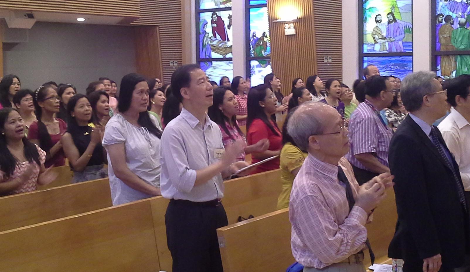 traces gospel choir